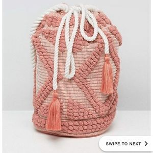 Knit bag with rope strap